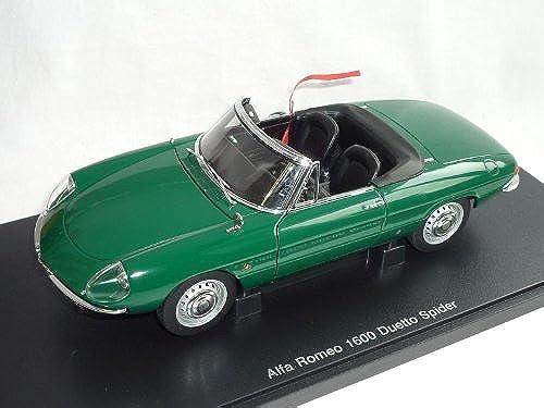 AUTOart Alfa Romeo 1600 1966 Spider Duetto Cabrio Grün 70138 1 18 Auto Art Modellauto Modell Auto