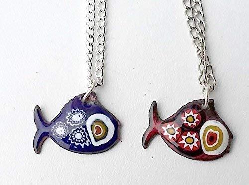Ihre klein Fisch Anhänger in Ihre Lieblingsfarbe aus Glas Emaille und multicolor Murano Millefiori, mit 1 schwarz Lederschnur