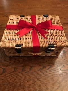 OMNOM Chocolate Schachtel mit 11 feinen Schokoladen | Eine süße Auswahl unserer edelsten Aromen | Ethische Rohstoffgewinnung und Nachhaltige Zutaten | Preisgekrönte Gourmet Schokolade | Geschenk-Box