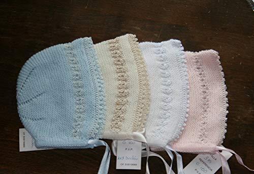 Capotita gorrito para bebé tejida a mano en punto con lana y perle