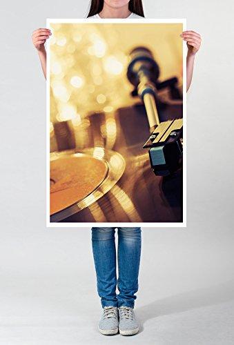 Best for home Artprints - artistieke fotografie - platenspeler met lichtketting - fotodruk in haarscherpe kwaliteit POSTER 90x60cm