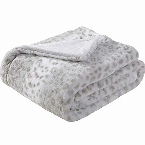 Sedona House Animal Print Cheetah Fuzzy Faux Fur Throw Blanket - Super Soft Fuzzy Faux Fur Cozy Warm Fluffy Beautiful Plush Microfiber Throw Blanket, Grey Leopard