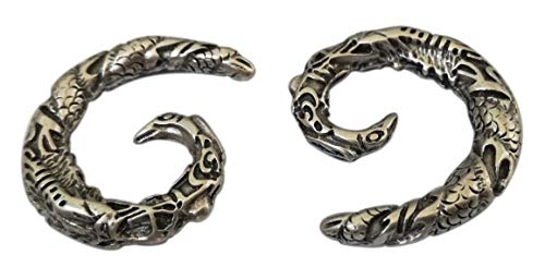 "Pesos de oreja de pareja plateados plata para lóbulos estirados. Dos pendientes dilataciones orejas. Earrings Plugs ""LITTLE DRAGONS"". Modelo original único hecho a mano por artesano italiano. H 2,6 cm"