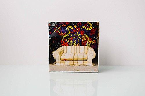 Foto auf Holz, im Quadrat, 13x13 Graffiti mit Sofa handmade