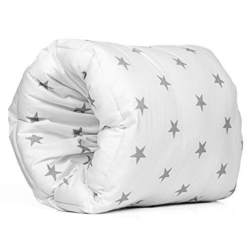 Stillkissen klein Stillmuff - Mini Stillkissen unterwegs kleines Baby arm Kissen beim Stillen und Fläschchen geben (26 cm x 16 cm, Weiß mit grauen Sternen Baumwolle)