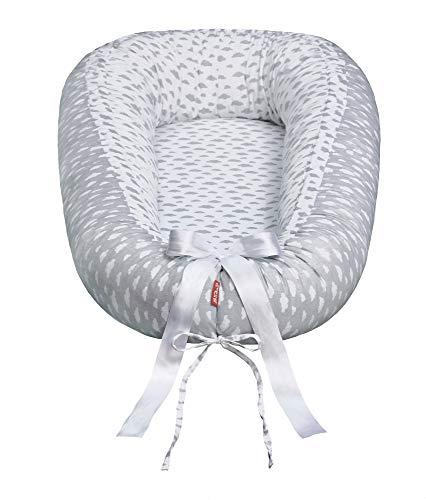 Scamp Nido para bebés de 29,9 EUR Premium para bebés, cuna de viaje, antialérgico, 100% algodón, certificado Öko-Tex 100 Standard, con colchón de espuma (Little Clouds 2)