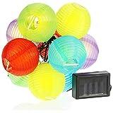 com-four® Catena di Lanterne solari - Catena Luminosa a LED con 10 Lanterne - Decorazione Colorata per casa e Giardino - Decorazione Esterna per Balcone (Ø7,5 cm - 10 LED)