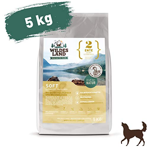 Wildes Land | Halbfeuchtes Trockenfutter für Hunde | Nr. 2 Ente | 5 kg | mit Reis und Wildkräutern | Glutenfrei | Extra viel Fleisch | Soft Für alle Hunderassen | Beste Akzeptanz und Verträglichkeit