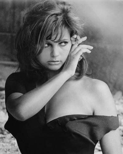 Cardinale sexy claudia UNSEEN HOT