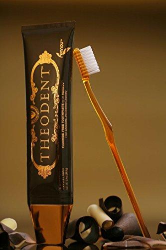 THEODENT(テオデント) 天然カカオが歯を白く☆フッ化物なしで安心歯磨き96g×2本セット 海外直送品