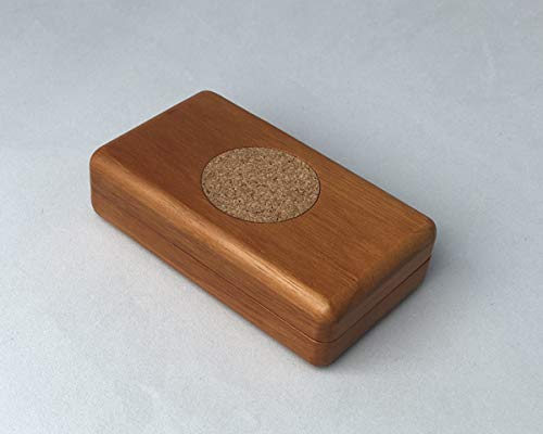 Decorean Magnetic Needle Box