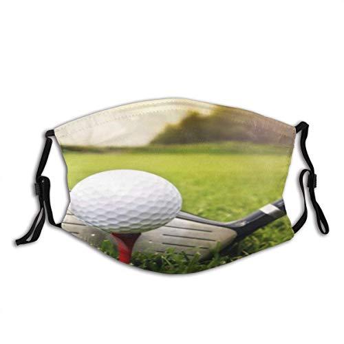 Golfschläger und Ball in grünem Gras Naturwald Sonnenschein Unisex Waschbare und Wiederverwendbare Baumwolle Warmer Gesichtsschutz für den Außenbereich