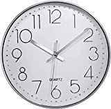Reloj de Pared Moderno,Grandes Decorativos Silencioso Interior Reloj de Cuarzo de Cuarzo Redondo No-Ticking para Sala de Estar,Panel Blanco Marco Plata, Funciona con Pilas,25 cm diámetro