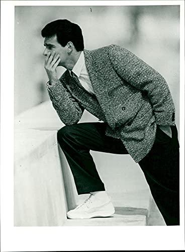 Fischgrat-Sakko für Herbst/Winter 1985/86 - Vintage Press Photo