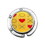 XOXO Tic Tac Toe Juego y tres signos de corazón rojo marca amor plana amarillo