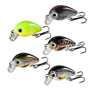 5PCS LURES KIT --Each Weight: 1.8g / 0.06oz; Each Length: 3cm / 1.18inch. 5 different colors of crankbaits come in a plastic tackle box with dividers for each lure. LIFELIKE DESIGN --Natural fish-shaped crank baits lures outline with vibrant colors a...