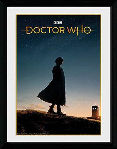 1art1 Doctor Who - 13th Doctor Silhouette Gerahmtes Bild Mit Edlem Passepartout | Wand-Bilder | Kunstdruck Poster Im Bilderrahmen 40 x 30 cm