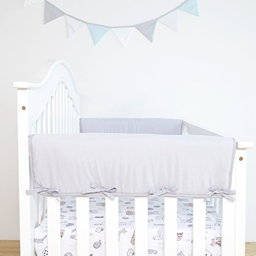 """TILLYOU 2-Pack Padded Baby Crib Rail Cover Protector Safe Teething Guard Wrap for Thick Side Crib Rails(Measuring Up to 18"""" Around), 100% Silky Soft Microfiber Polyester, Reversible, Pale Gray/White"""