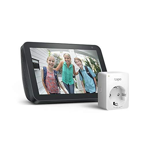 Echo Show 8 - Tessuto antracite +Tapo P100 Presa intelligente Wi-Fi, compatibile con Alexa