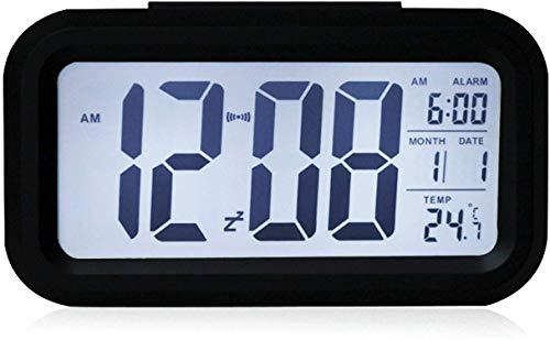 YIQI Réveil numérique sans Fil à Piles avec Date, température, capteur Lumineux Intelligent, 12/24 Heures, répétition pour Les Chambres, Le Bureau 5,31 x 2,95 x 1,77 Pouces (Noir)
