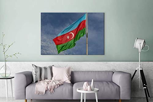Leinwandbild - Flagge von Aserbaidschan in den blauen Himmel - 140x90 cm