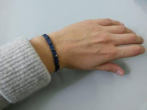 Herrliches Glitzerarmband mit Original Swarovski Sternchen von GLOWYBOX Mit Liebe handgemacht im Schwabenländle. Farbe dunkelblau mit hematite-farbenen Sternchen.