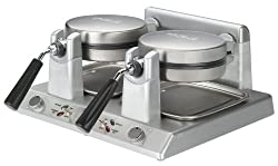 Waring Commercial Belgian Waffle Maker's photo