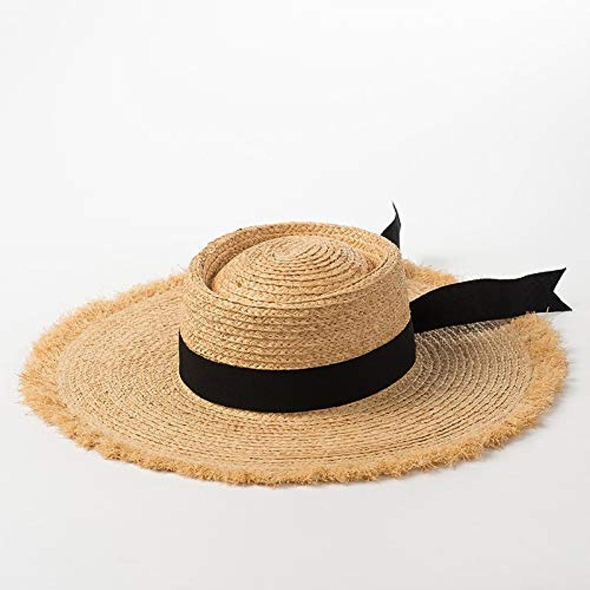 肘掛け椅子誰がリクルート春と夏のモデルフラットトップボウリボンラフィアビッグ帽子レディースサンシェードビーチ麦わら帽子