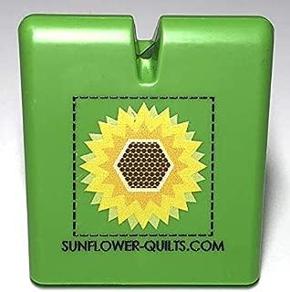 The Original Thread Cutter by Sunflower Quilts (Green)