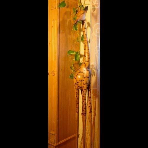 AFRIKA-DEKO Holzgiraffe Samia in Verschiedene Größen Handarbeit aus SIMBABWE hochwertige Holz Giraffe Firgur Holzfigur, 160cm