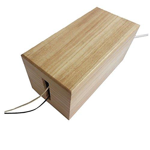 Holzbox zum Kabelmanagement