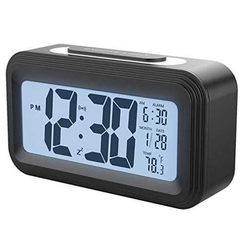 Nirmon [Versión De Actualización Reloj De Alarma con Pilas, Relojes De Alarma Digitales Grandes De La Exhibición del LCD con La Siesta,Contraluz, Luz Nocturna, Temperatura (Negro)