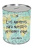 Kembilove Hucha de Metal Personalizada con Nombres - Huchas para ahorro para Viaje - Huchas Personalizadas para Viajeros - Regalo Original Cumpleaños, Navidad - Huchas con mapas del Mundo