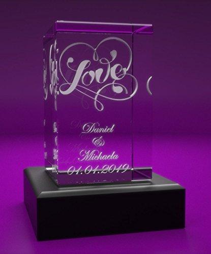 VIP-LASER 3D Glas Kristall Quader XL mit Love und Deinen Namen + Datum im Hochformat graviert! Geschenk für wie Geburtstag, Jahrestag, Valentinstag und Weihnachten! (incl. LED-Leuchtsockel Schwarz)