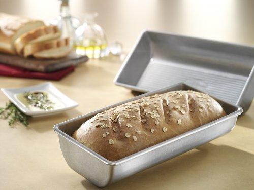 USA Pan Bakeware Aluminized Steel Hearth Bread Pan