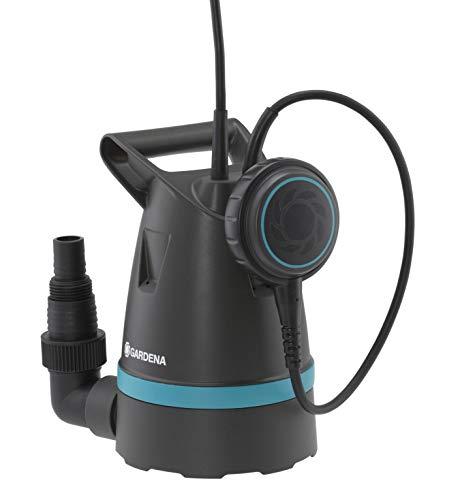 GARDENA Klarwasser-Tauchpumpe 8200 Basic: 250W Leistung, 8.200 l/h max. Fördermenge, 0,5 bar max Druck, Flachabsaugung bis 4 mm, hohe Leistung bei gleichzeitig geringer Leistungsaufnahme (9000-47)