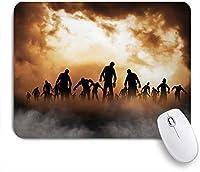 ECOMAOMI 可愛いマウスパッド ゾンビ死んだ男性が夜空の幽霊のテーマで運命の霧の中で体を歩く 滑り止めゴムバッキングマウスパッドノートブックコンピュータマウスマット