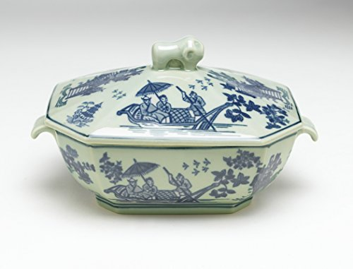 Zeckos AA Importing 59772 10 Inch Antiqued Blue and White Tureen with Lid