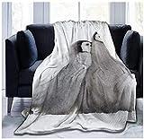 XZDPPTBLN Mantas de Franela Súper Suave de Lana Pingüino Animal Gris Mantas con Estampados Esponjosa y Cálida Mantas para la Cama y el Sofá 180cm x 200cm