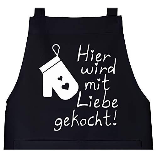 Shirtracer Schürze mit Motiv - Hier wird mit Liebe gekocht - 80 cm x 73 cm (H x B) - Schwarz - kochschürze männer - X967 - Schürze und Kochschürze für Erwachsene