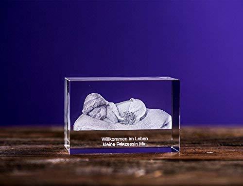 Isonio 3D Glasfoto - Ihr Foto in 3D in Viamant Glas gelasert - 3D Foto für Fotos mit maximal 1-3 Personen (L Querformat 90x60x50mm)