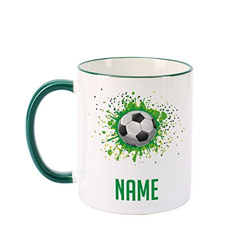 Herz & Heim® Fußballtasse mit Namen für Freizeitkicker und Fußballhelden