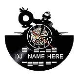 Iluminación LED de 7 Colores Grabado Hueco Reloj de Pared con Disco de Vinilo Mezclador de DJ Su hogar con música Nombre de DJ Rock n Roll Regalo para Hombres Amantes de DJ 30 cm / 12 Pulgadas