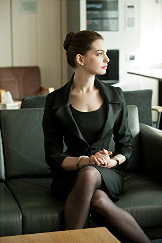 Zhengnengliang Anne Hathaway TV Movie Star Arte de Pared Decoración para el hogar Pintura en Lienzo Arte nórdico Decoración de Hotel Bar Café Sala de Estar Póster 50x70cm J-367