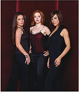 Charmed 8x10 Photo Holly Marie Combs/Piper Halliwell, Alyssa Milano/Phoebe Halliwell & Rose McGowan/Paige Matthews in All Black & Maroon and Black Sexy Cast Photo Pose 1 kn