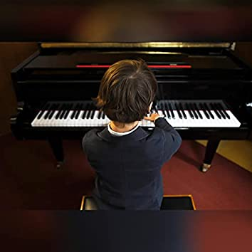 Baby Pianist