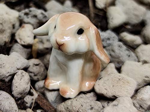 Ceramic rabbit figurines _image3