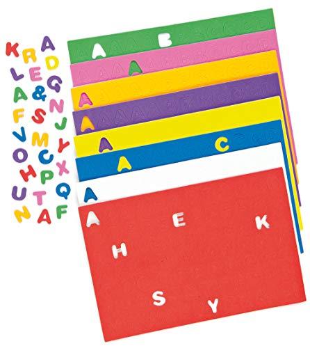 Baker Ross EC170 Selbstklebende Großbuchstaben (600 Stück), bauschige Scrapbook-Aufkleber in lustigen Schaumstoffformen, Sortiert
