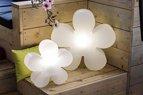 8 seasons design | LED Dekoleuchte Blume Shining Flower (Ø 60cm, 15 Farben, mit 3-stufigem Farbverlauf, dimmbar, Lichtobjekt für innen & außen) weiß