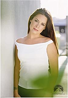 Charmed 8x10 Photo Holly Marie Combs/Piper Halliwell Sexy White Top Outside Pose 2 kn